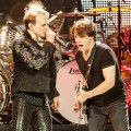 Van_Halen_Honda_Center_06-12-12_01