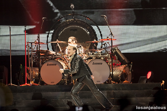 Van_Halen_Honda_Center_06-12-12_05