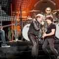Van_Halen_Honda_Center_06-12-12_07