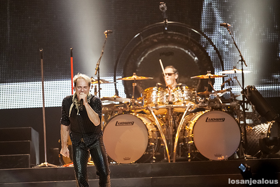Van_Halen_Honda_Center_06-12-12_12