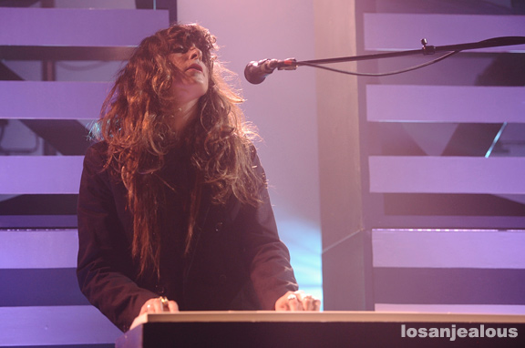 Beach_House_El_Rey_Theatre_07-03-12_07