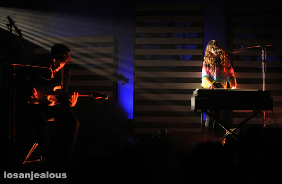 Beach_House_El_Rey_Theatre_07-03-12_12