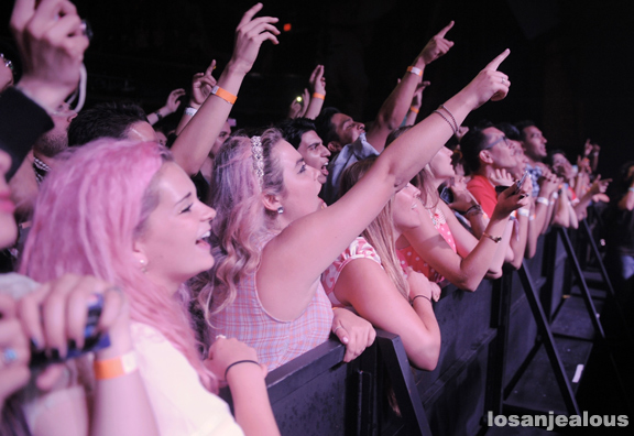 Marina_and_the_Diamonds_Fonda_07-10-12_20