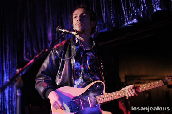 Mystery_Jets_The_Satellite_06-27-12_03