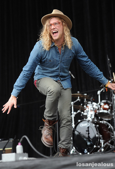 Allen_Stone_Outside_Lands_2012_02