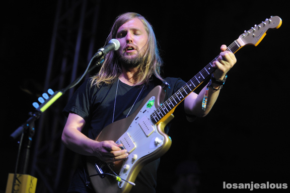 Band_of_Skulls_KCRW_Annenberg_07