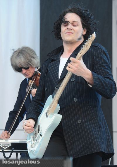 Jack_White_Outside_Lands_2012_01