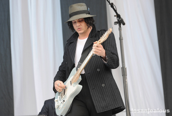 Jack_White_Outside_Lands_2012_06