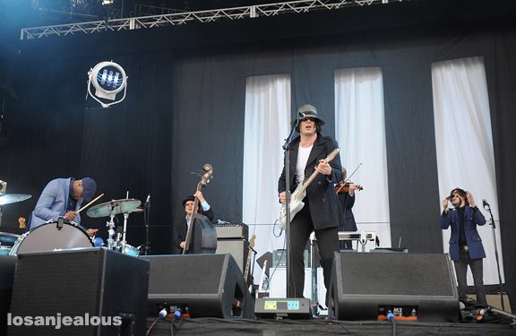 Jack_White_Outside_Lands_2012_07