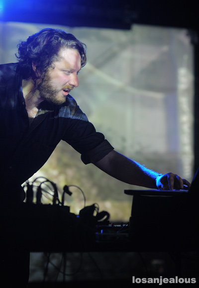Oneohtrix_Point_Never_The_Echo_08-21-12_03