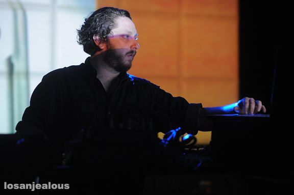 Oneohtrix_Point_Never_The_Echo_08-21-12_13