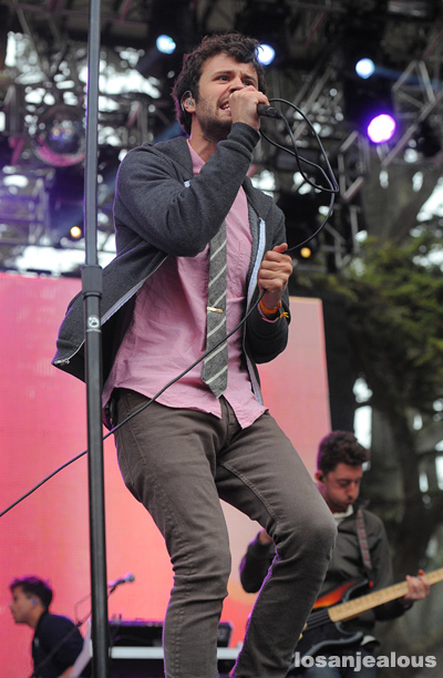 Passion_Pit_Outside_Lands_2012_02