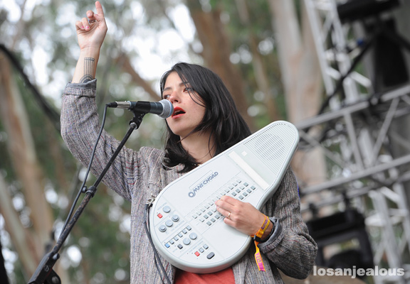 Sharon_Van_Etten_Outside_Lands_2012_33