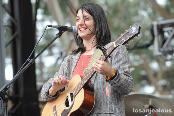 Sharon_Van_Etten_Outside_Lands_2012_34