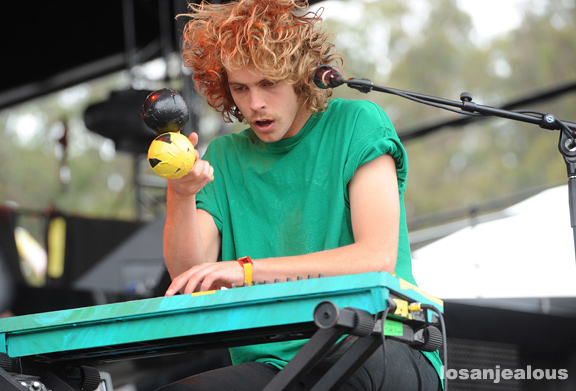 Tame_Impala_Outside_Lands_2012_37