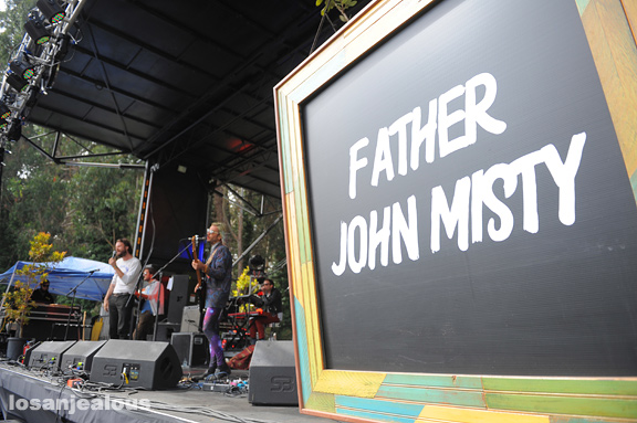 Father_John_Misty_Outside_Lands_13
