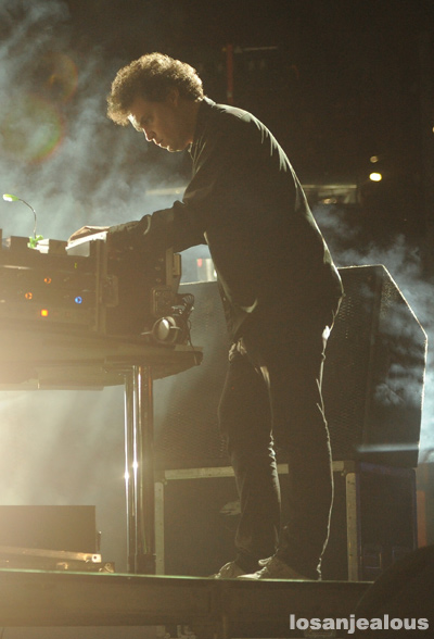 Simian_Mobile_Disco_FYF_Fest_2012_02