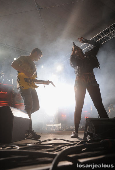 Sleigh_Bells_FYF_Fest_2012_01