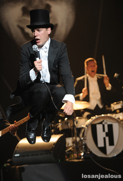 The_Hives_Wiltern_09-14-12_06