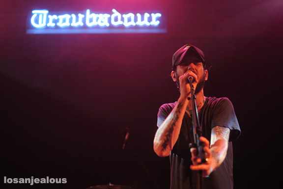 Band_of_Horses_Troubadour_09-27-12_13