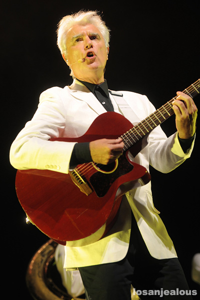 David_Byrne_St_Vincent_Greek_Theatre_03