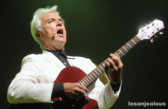 David_Byrne_St_Vincent_Greek_Theatre_04