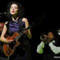 David_Byrne_St_Vincent_Greek_Theatre_08