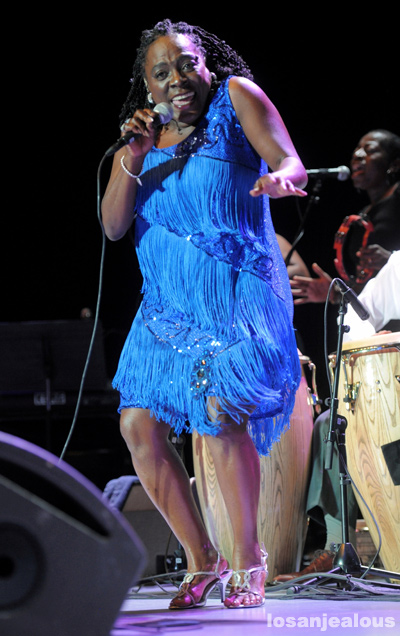 Sharon_Jones_Greek_Theatre_10-19-12_12