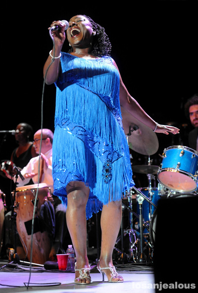 Sharon_Jones_Greek_Theatre_10-19-12_13