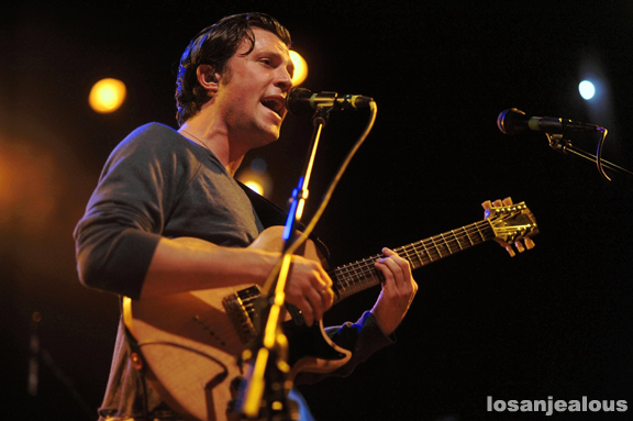 The_Maccabees_El_Rey_10-05-12_08