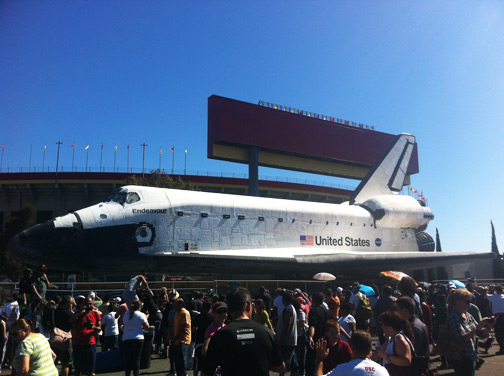 Shuttle Endeavour at the Los Angeles Memorial Coliseum