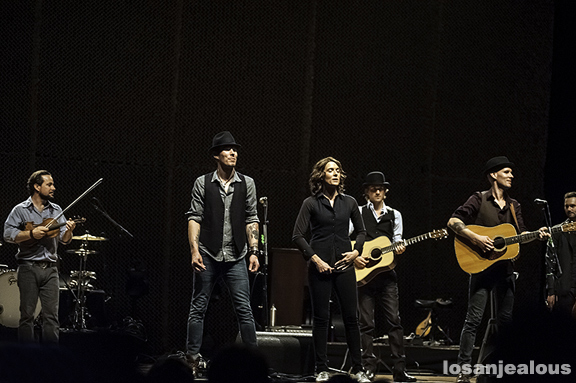 Brandi_Carlile_Orpheum_Theatre_04