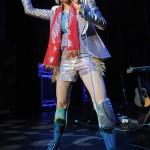 Yeah_Yeah_Yeahs_Ventura_Theater_05