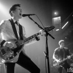 Arctic_Monkeys_Ventura_Theatre_02