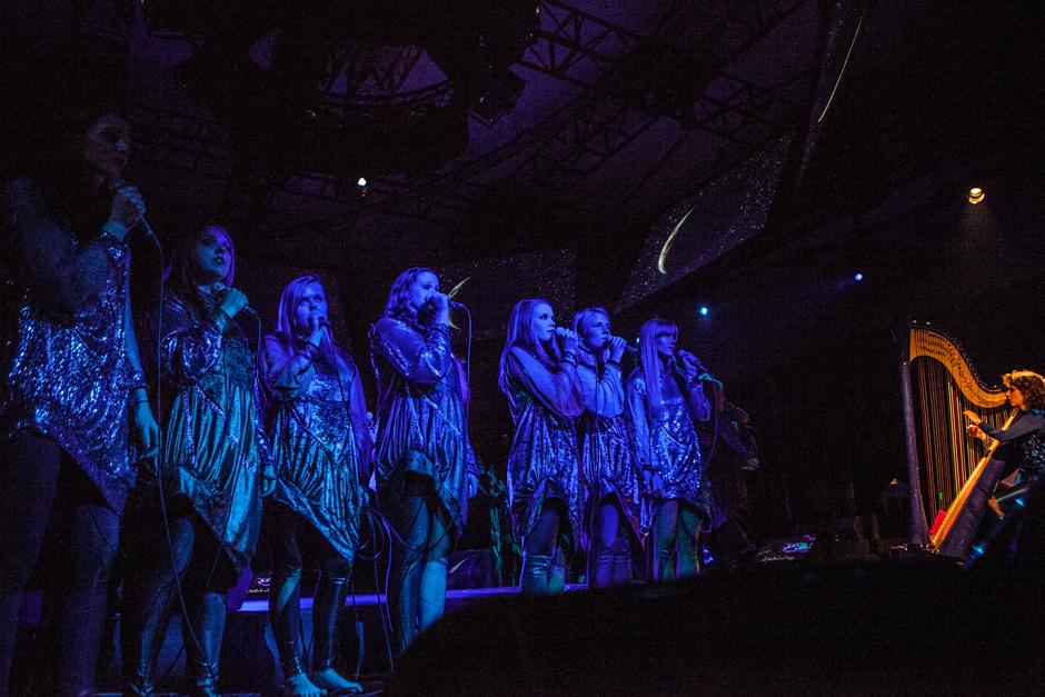 BJORK-JUNE-2,-2013-8-2