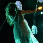 Purity_Ring_LIB_2013_09