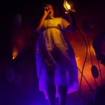 Purity_Ring_LIB_2013_11