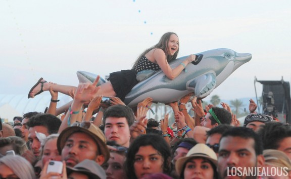Coachella 2014 Photo Gallery: Weekend 2 Crowd