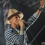 Pharrell_Coachella_2014_W2_09