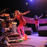 tUnE-yArDs_Fonda_Theatre_15