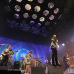 Arcade_Fire_The_Forum_Night_2_01
