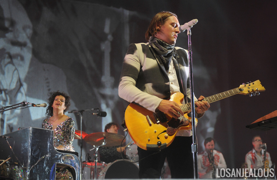 Arcade_Fire_The_Forum_Night_2_03