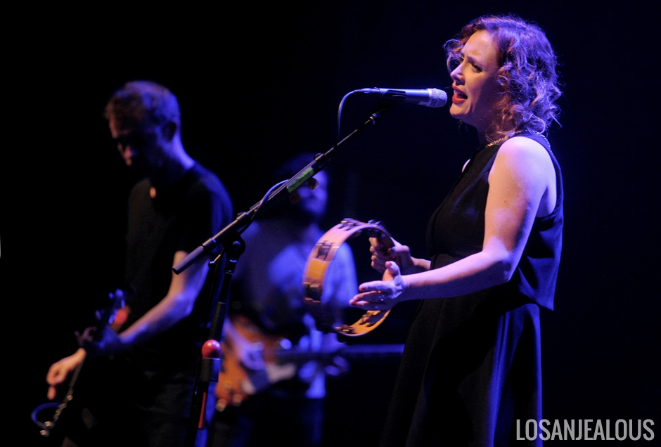 Slowdive_Theatre_at_the_Ace_Hotel_12