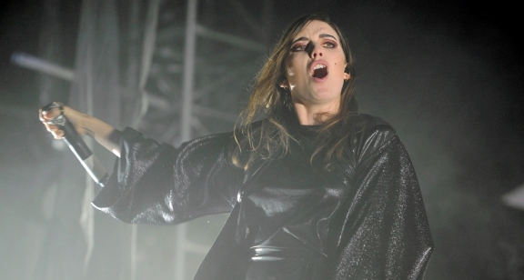 Photos: Lykke Li @ Coachella 2015, Weekend 2