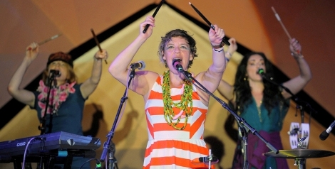Photos: tUnE-yArDs @ Twilight Concert Series, Santa Monica Pier, September 10, 2015