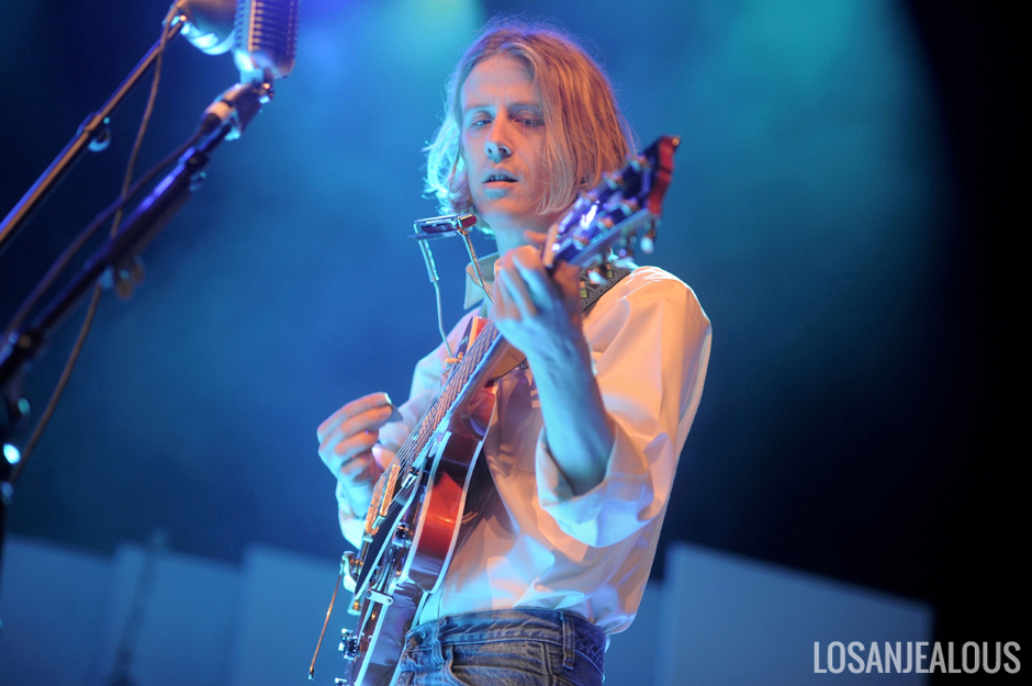 Christopher_Owens_Greek_Theatre (1)