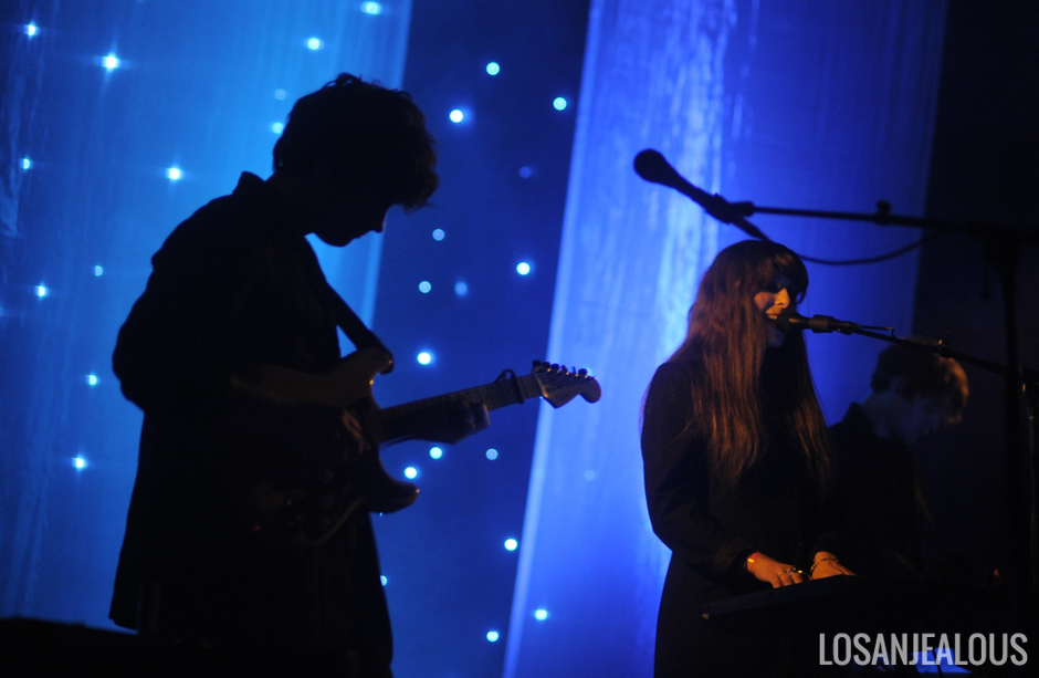 Beach_House_The_Fonda_Theatre (12)