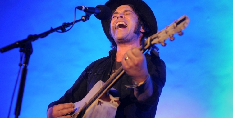 Photos: Gaz Coombes @ Masonic Lodge at Hollywood Forever, April 2, 2016