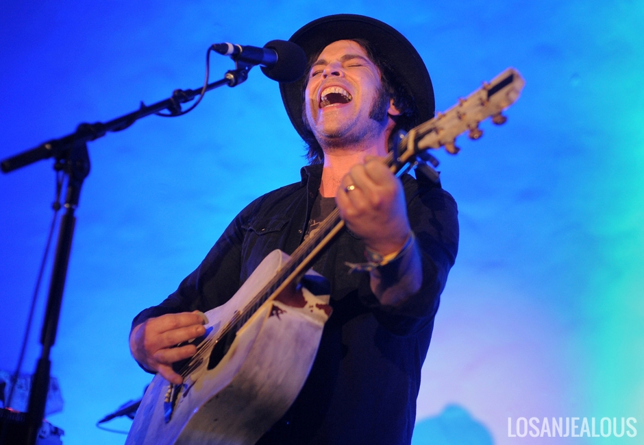 Gaz_Coombes_Masonic_Lodge_Hollywood_Forever (2)