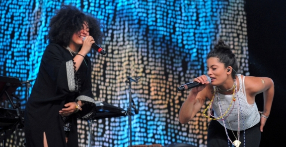 Photos: Ibeyi @ Coachella 2016, Weekend 2